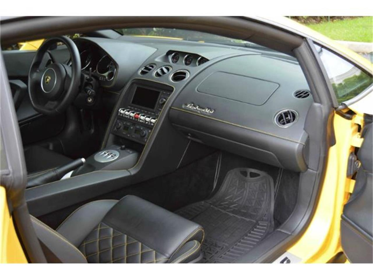 Large Picture of 2012 Gallardo LP550-2 located in Texas - $159,900.00 Offered by LT Car Holding - GMKZ