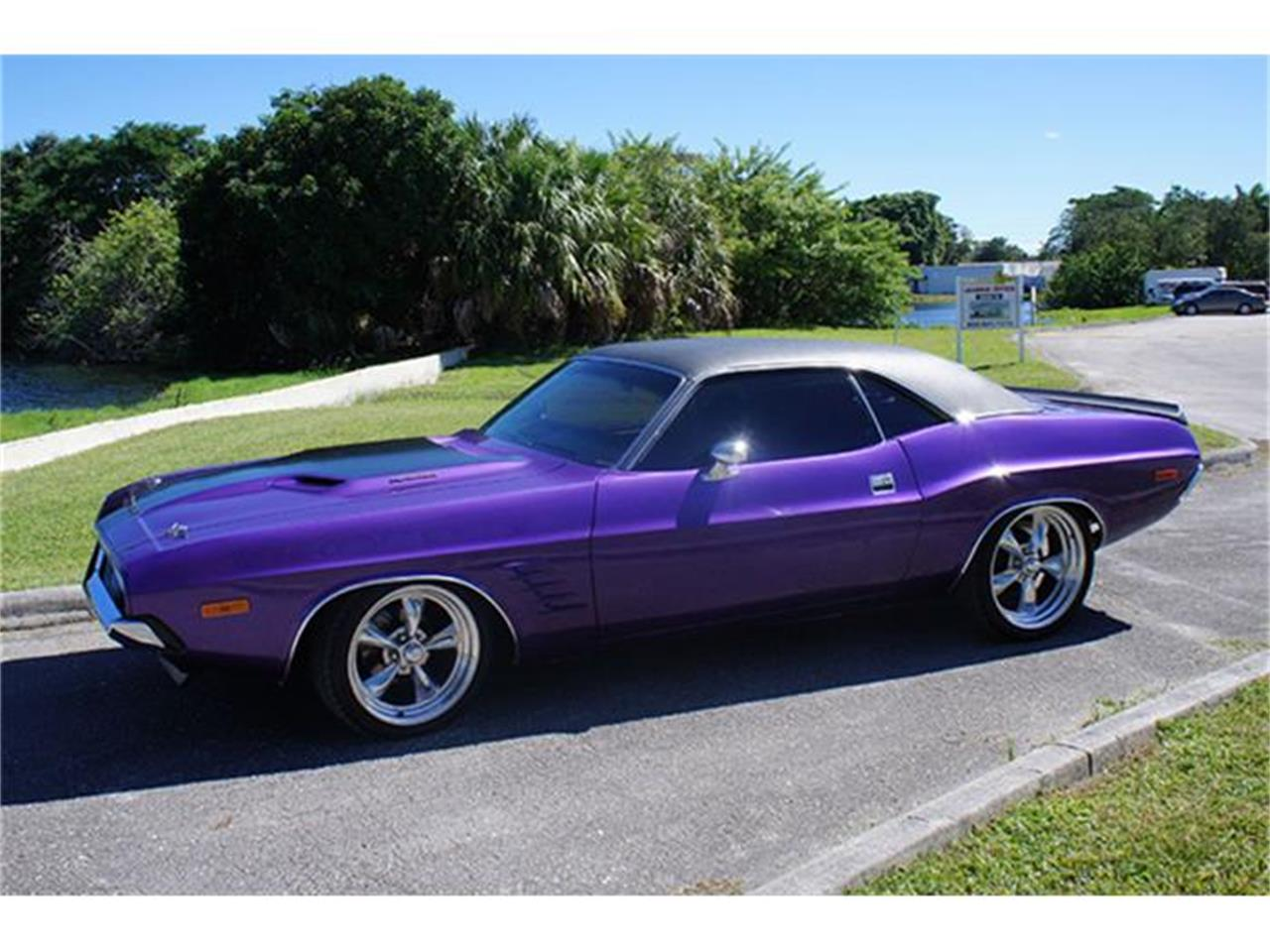 Large Picture of Classic 1973 Dodge Challenger - $32,995.00 - GMT2
