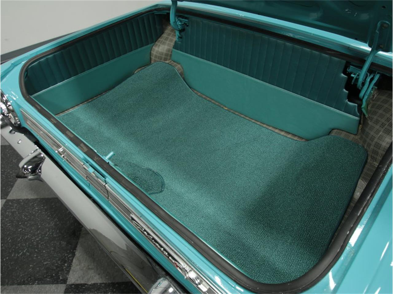 Large Picture of Classic '64 Ford Galaxie 500 XL - GMV3