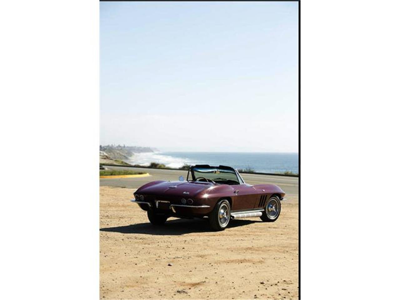 Large Picture of Classic '66 Chevrolet Corvette Offered by Jaguar Land Rover Minneapolis - GIMA