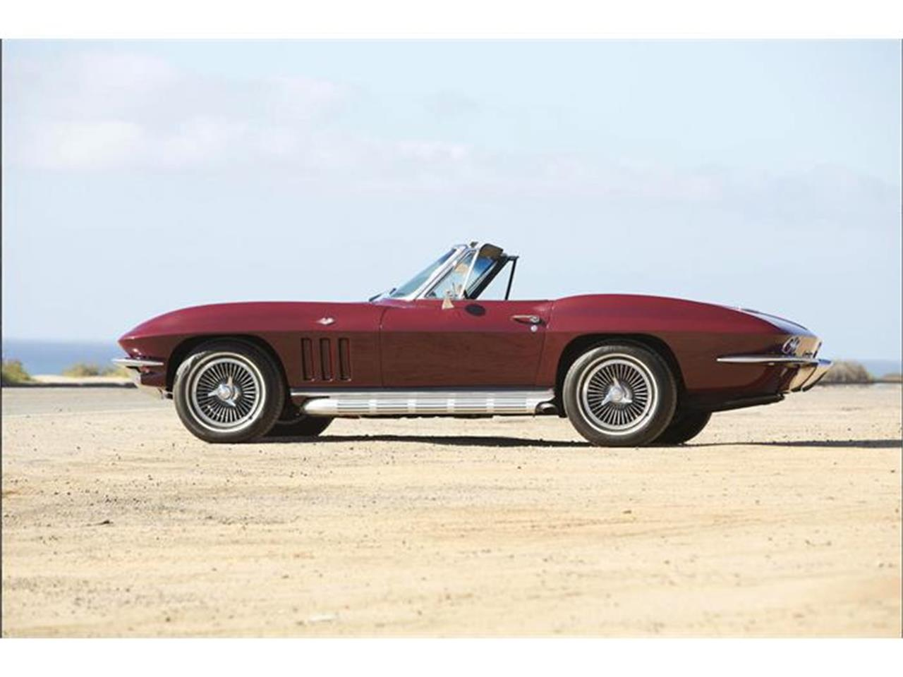 Large Picture of '66 Corvette located in Golden Valley Minnesota - GIMA
