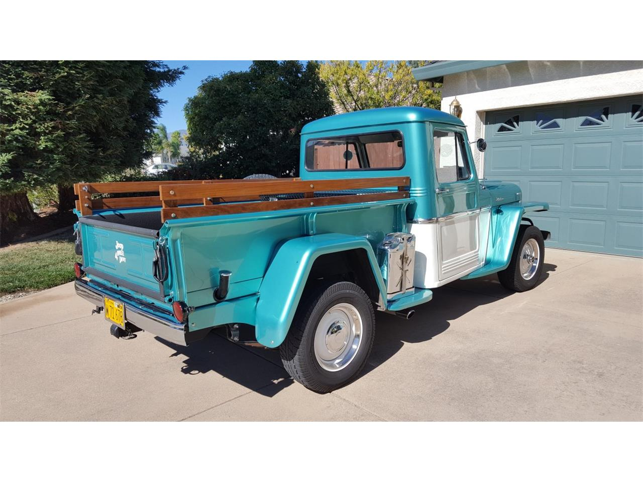 Large Picture of 1962 Willys Pickup - GN2B