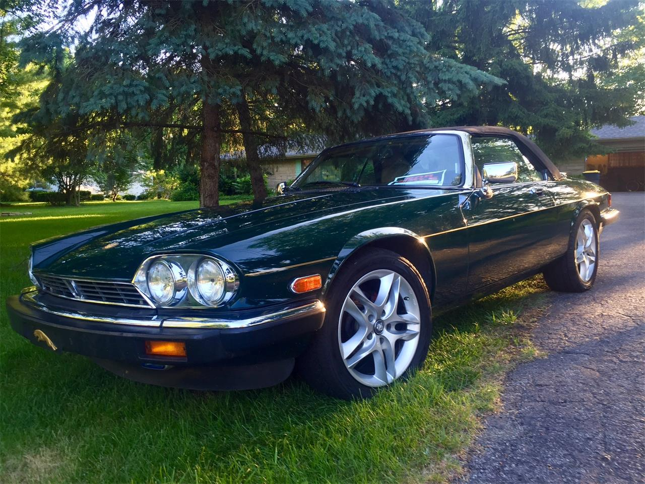 Large Picture of 1991 Jaguar XJS located in Indianapolis Indiana - $14,800.00 Offered by a Private Seller - GNCE