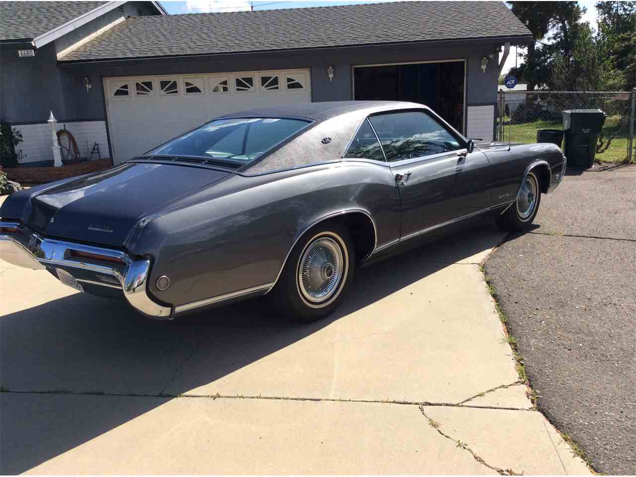 Large Picture of '68 Riviera - GPKL