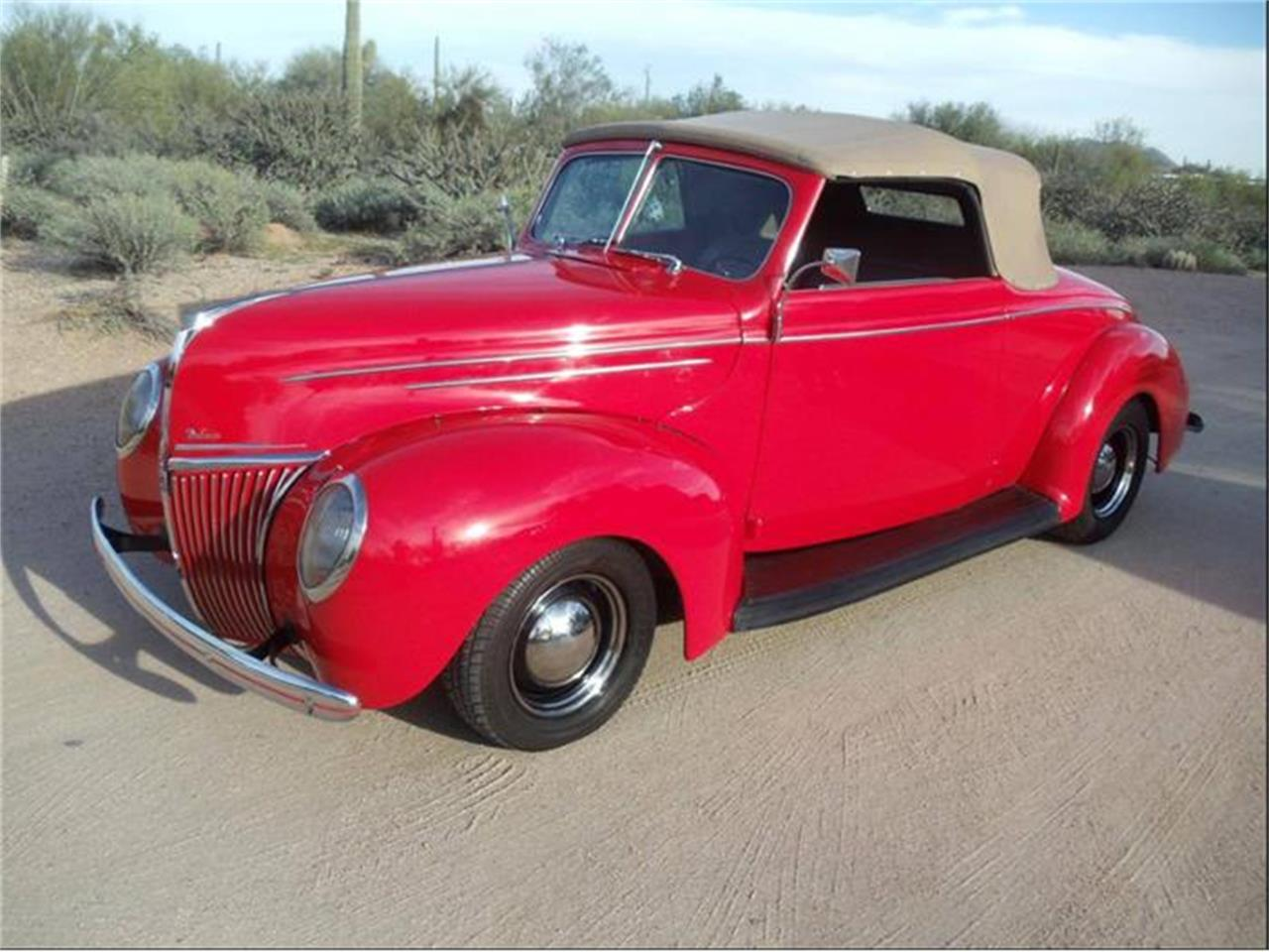 Large Picture of Classic '39 Ford Roadster Auction Vehicle - GPN5