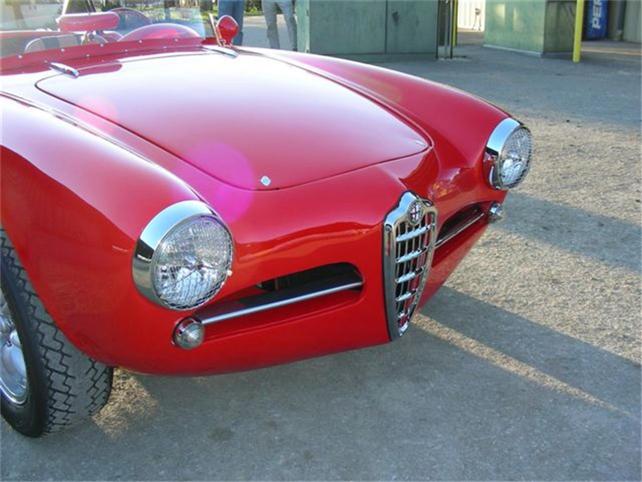 Large Picture of '62 Giulietta Spider located in Oregon Offered by a Private Seller - GPOR