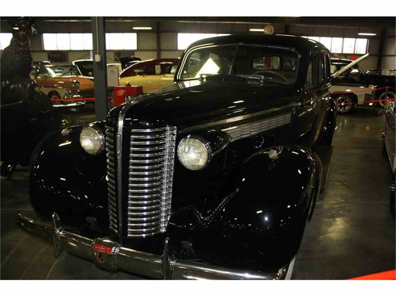 Large Picture of '38 Roadmaster - GPZ8