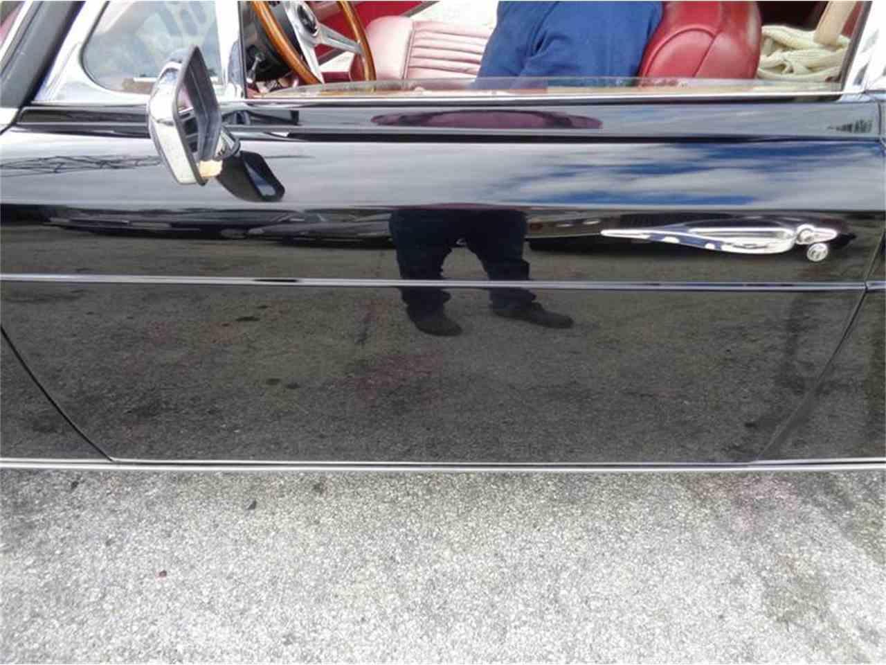 Large Picture of '75 Corniche - GQ0W