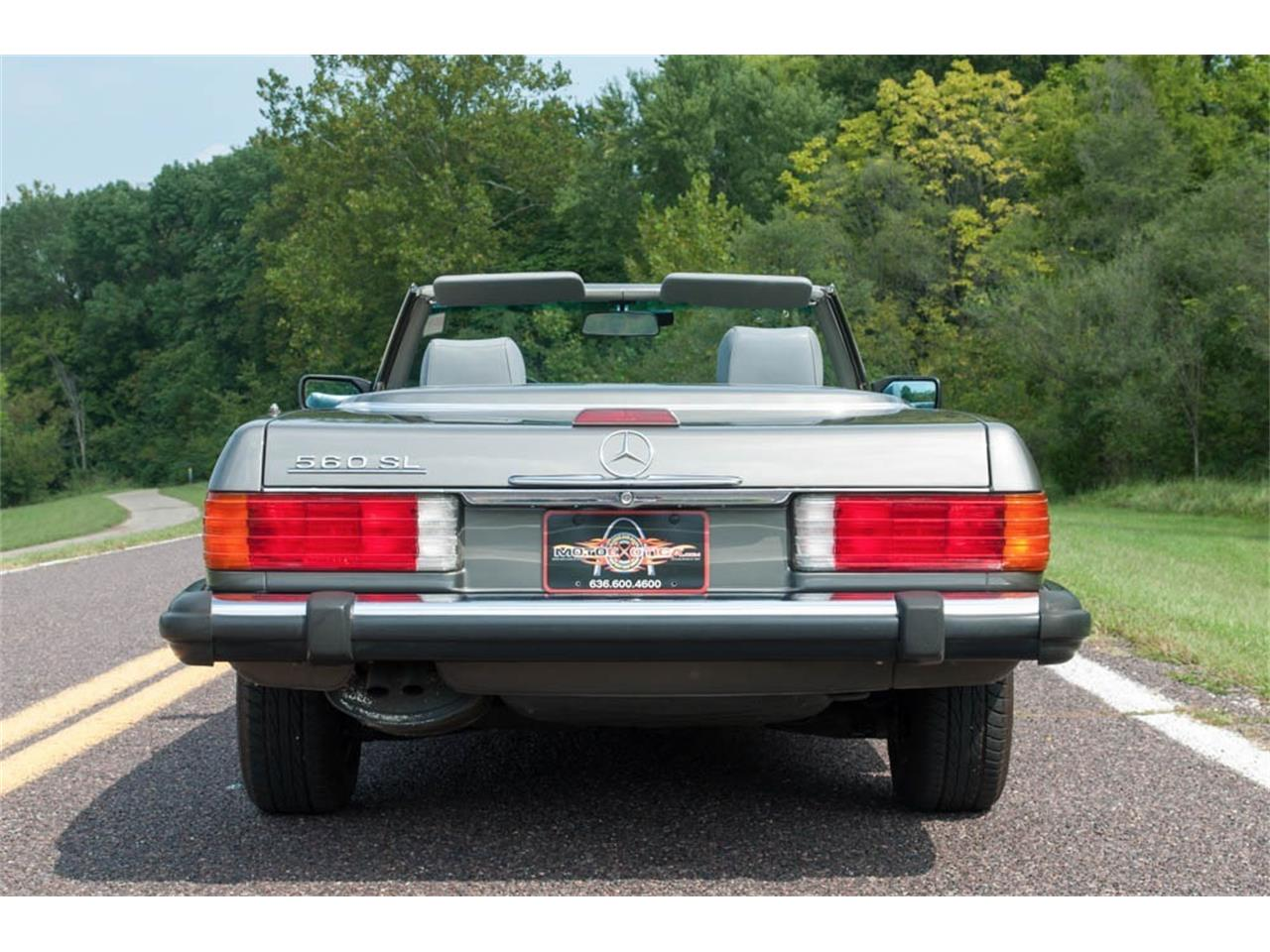 Large Picture of '89 Mercedes-Benz 560SL Auction Vehicle Offered by MotoeXotica Classic Cars - GU6G