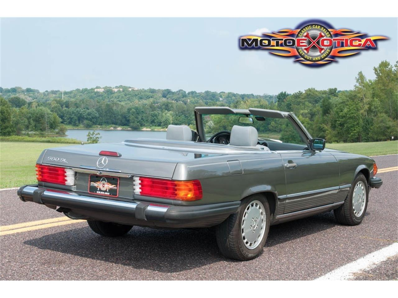 Large Picture of 1989 560SL located in Missouri Offered by MotoeXotica Classic Cars - GU6G