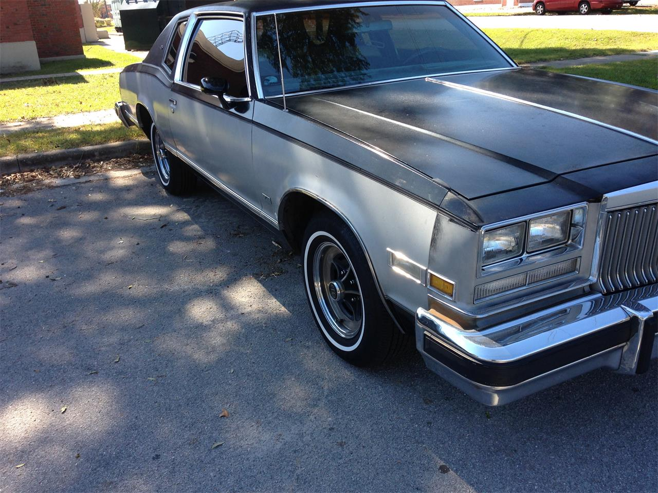 Large Picture of '78 Riviera - GWY8