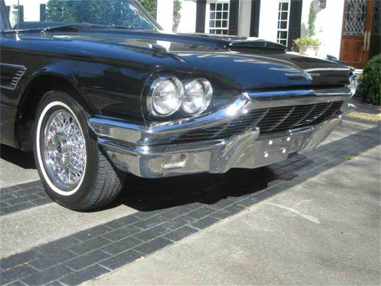 Large Picture of '65 Thunderbird - GZ22