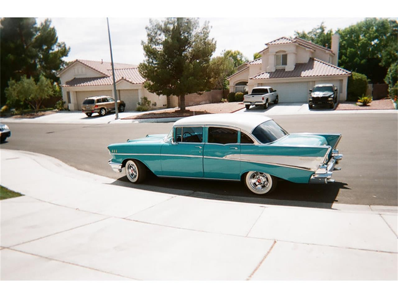 Large Picture of '57 Bel Air - H4CJ