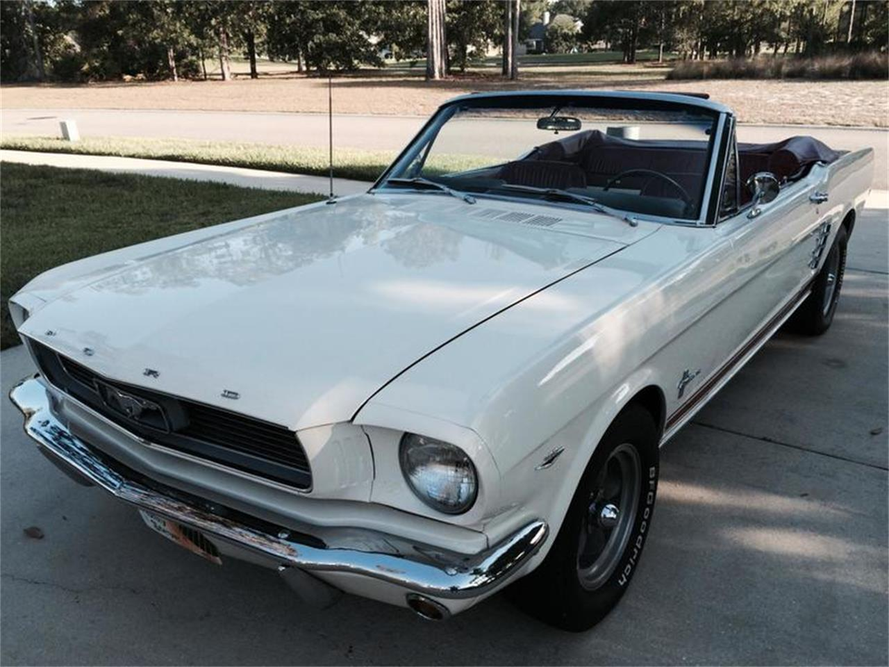 Large Picture of '66 Mustang - H4CR
