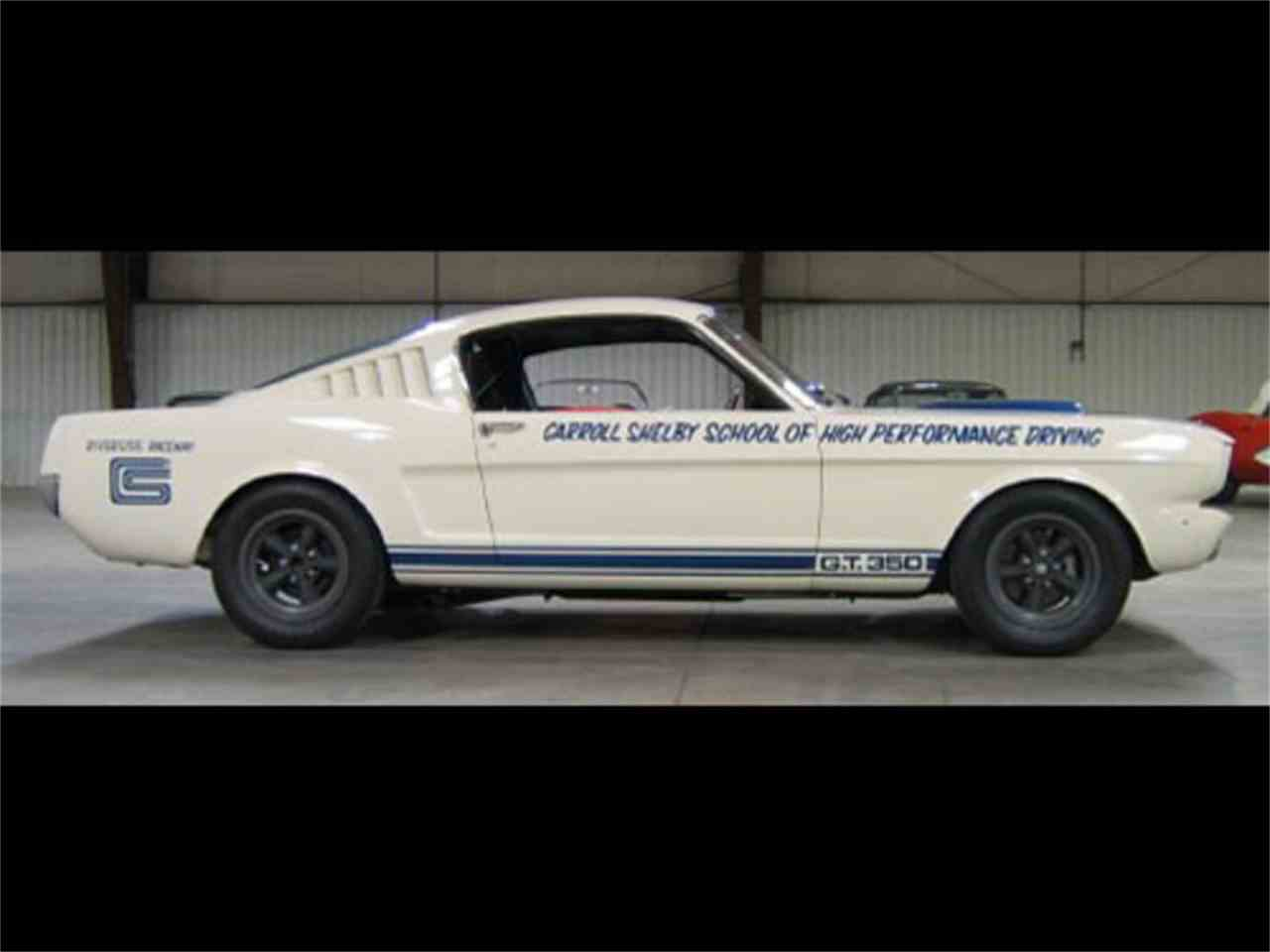 Large Picture of '65 Mustang - H4D3