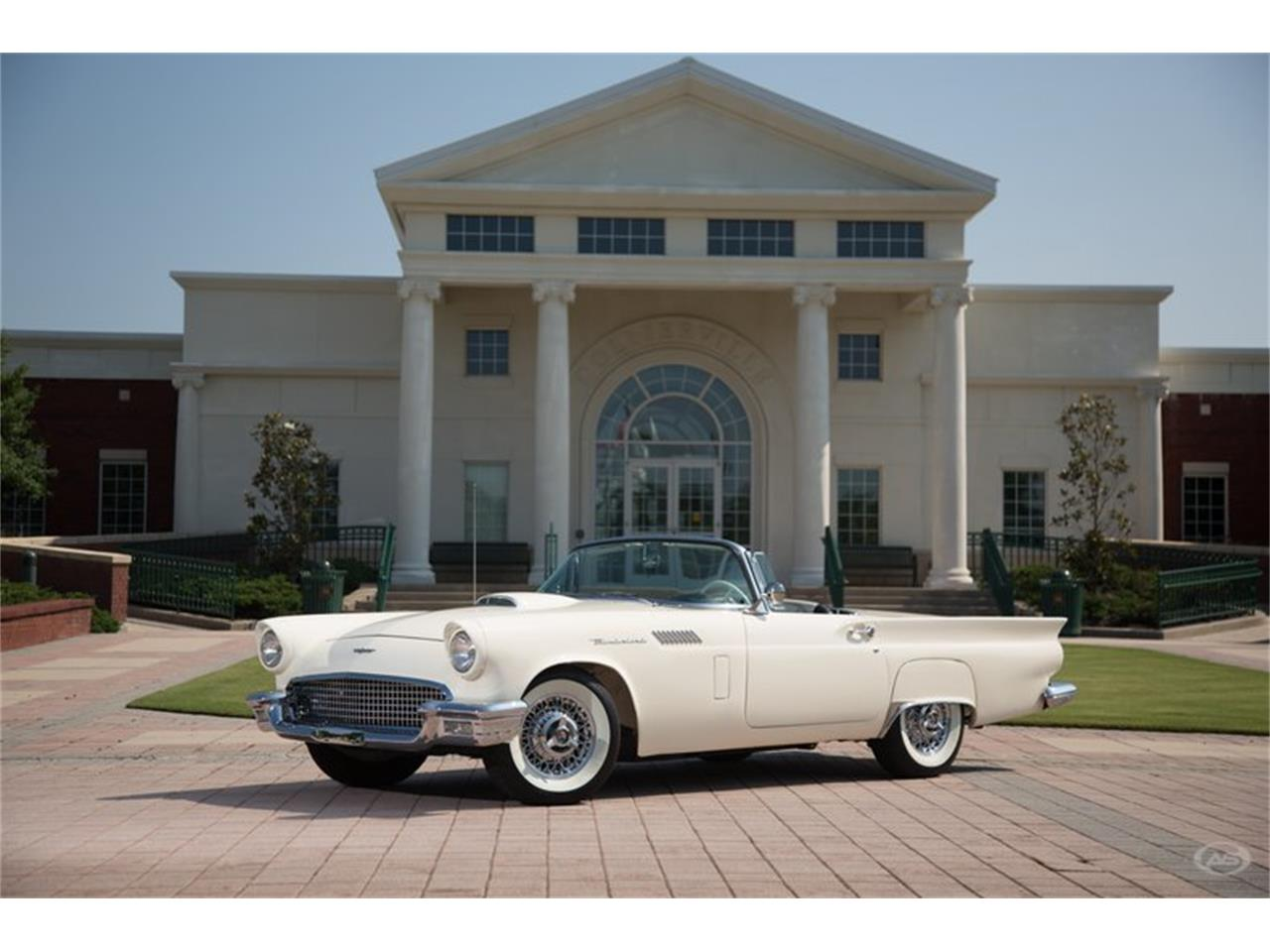 Large Picture of 1957 Thunderbird located in Tennessee - H4Y9