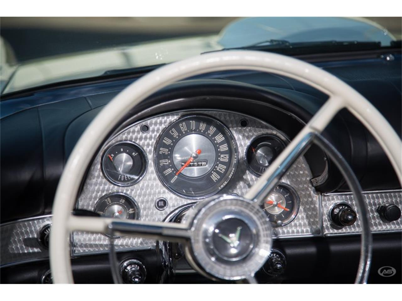 Large Picture of Classic '57 Ford Thunderbird - H4Y9