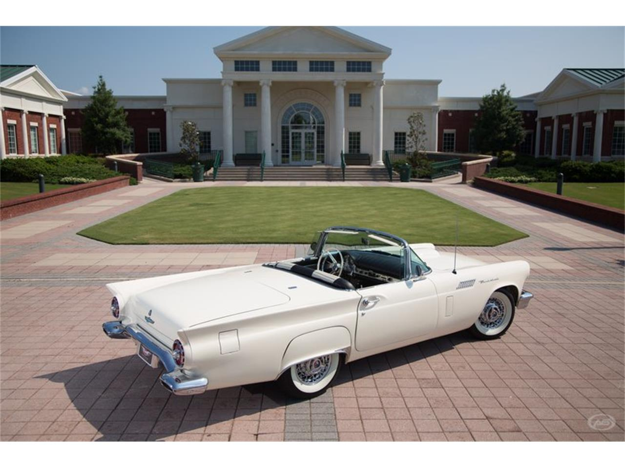 Large Picture of Classic '57 Ford Thunderbird located in Collierville Tennessee - H4Y9