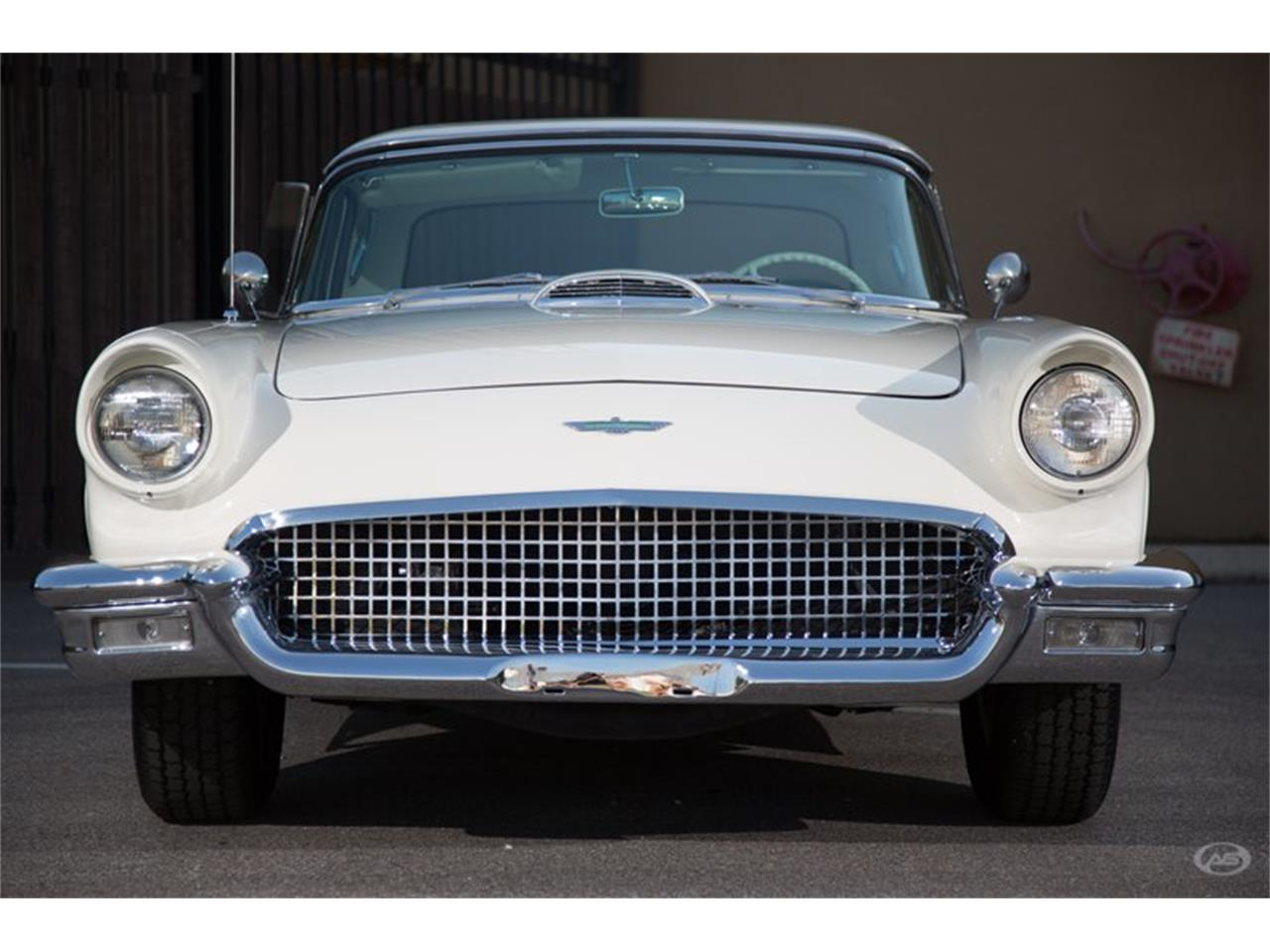 Large Picture of Classic 1957 Ford Thunderbird - H4Y9