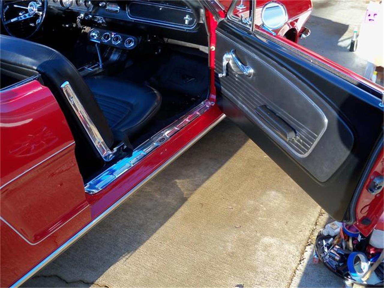 Large Picture of '66 Mustang - 1UC5