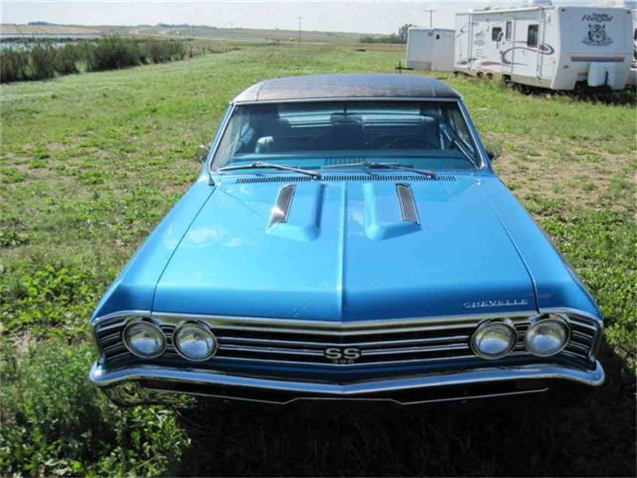 Large Picture of '67 SS396 Chevelle Marina Blue - H6BR