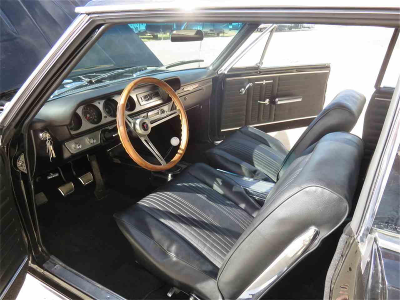Large Picture of 1964 Pontiac 1000 located in DAVIDSON Saskatchewan Auction Vehicle - H6BW