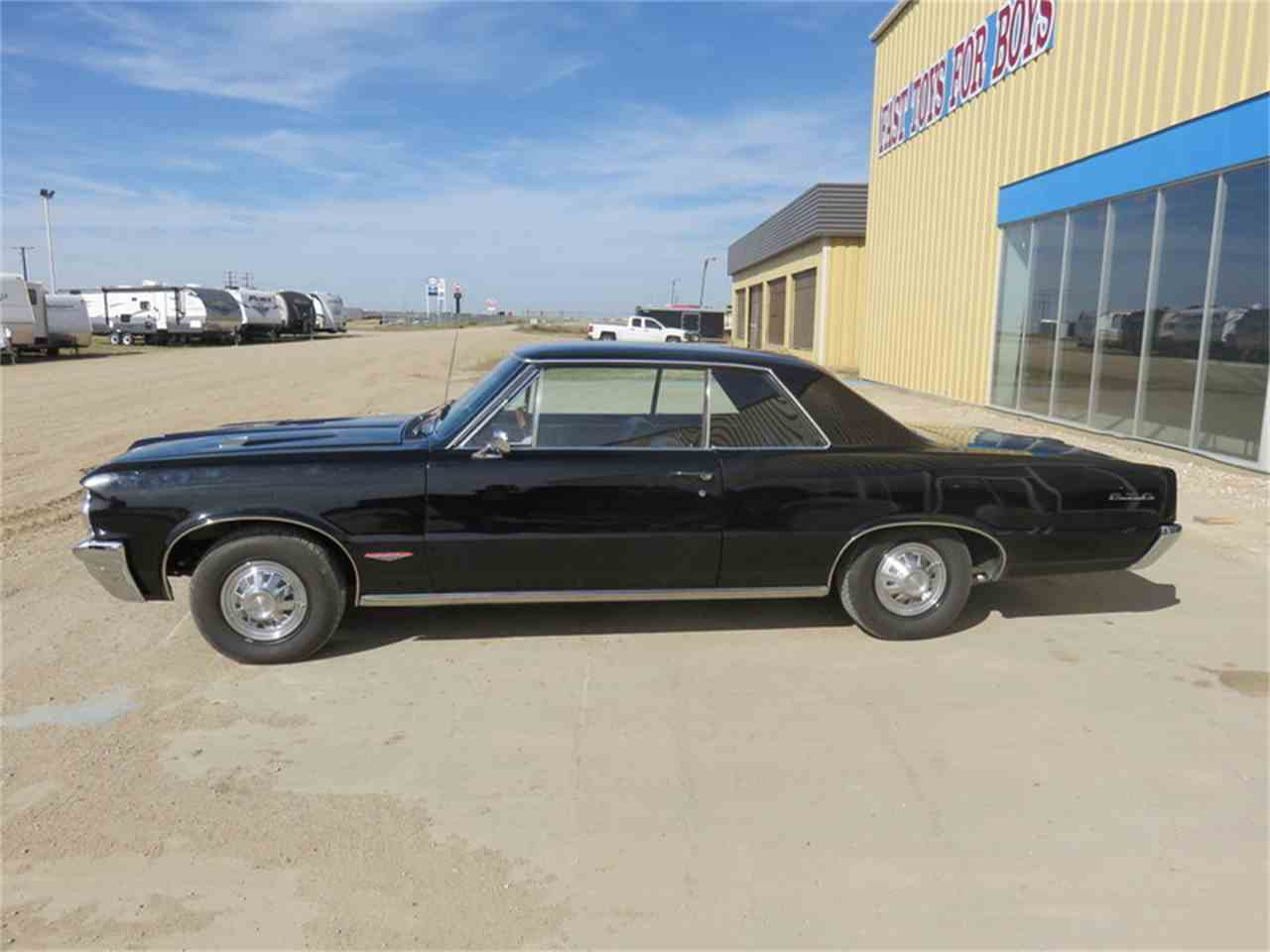 Large Picture of Classic '64 Pontiac 1000 Auction Vehicle - H6BW