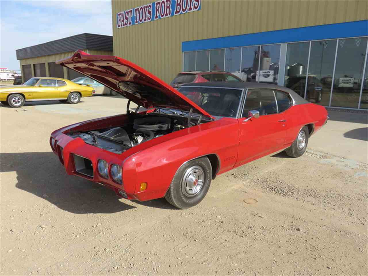 Large Picture of '70 GTO HT Cardinal Red - H6BY
