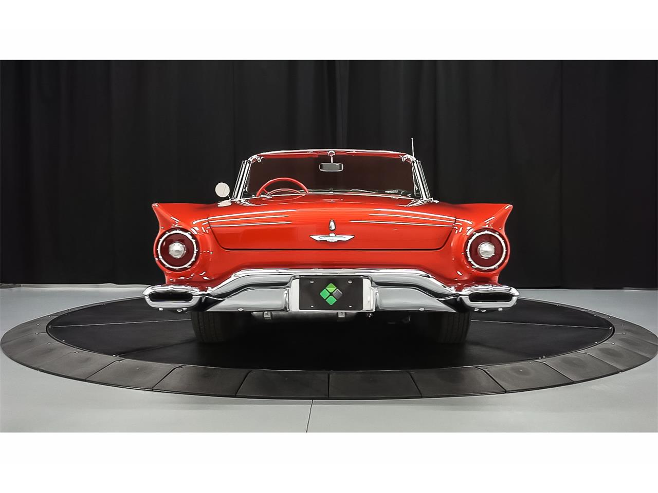 Large Picture of '57 Thunderbird - H7R5