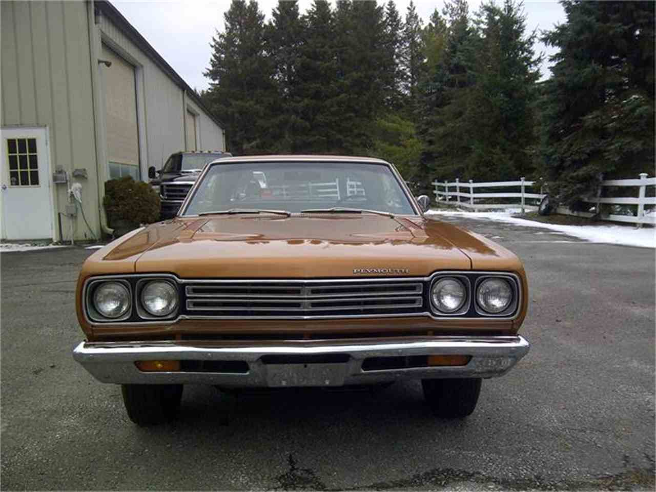 Large Picture of '69 Road Runner - H7RP