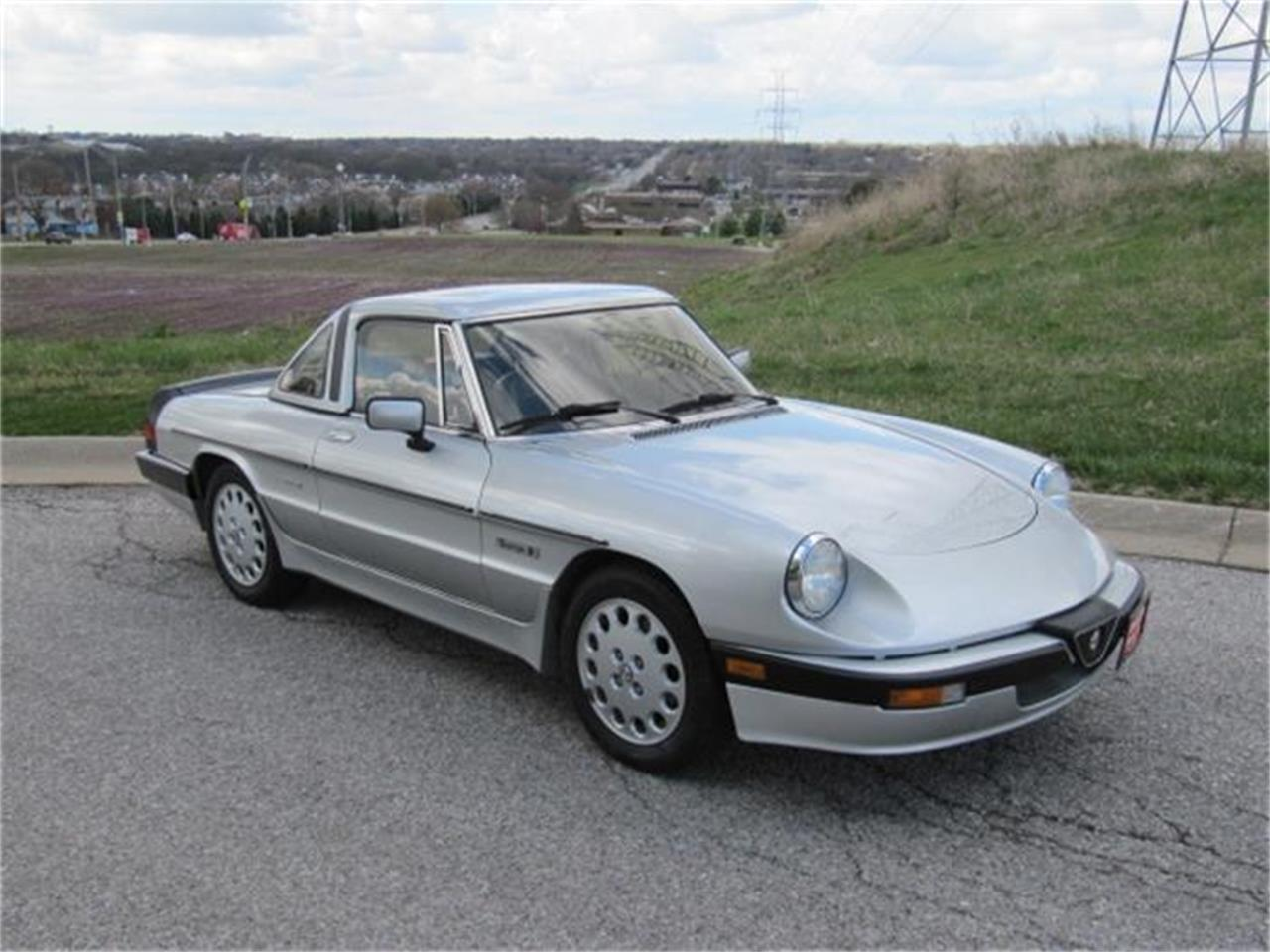Large Picture of '86 Spider Quadrifoglio - H7S1