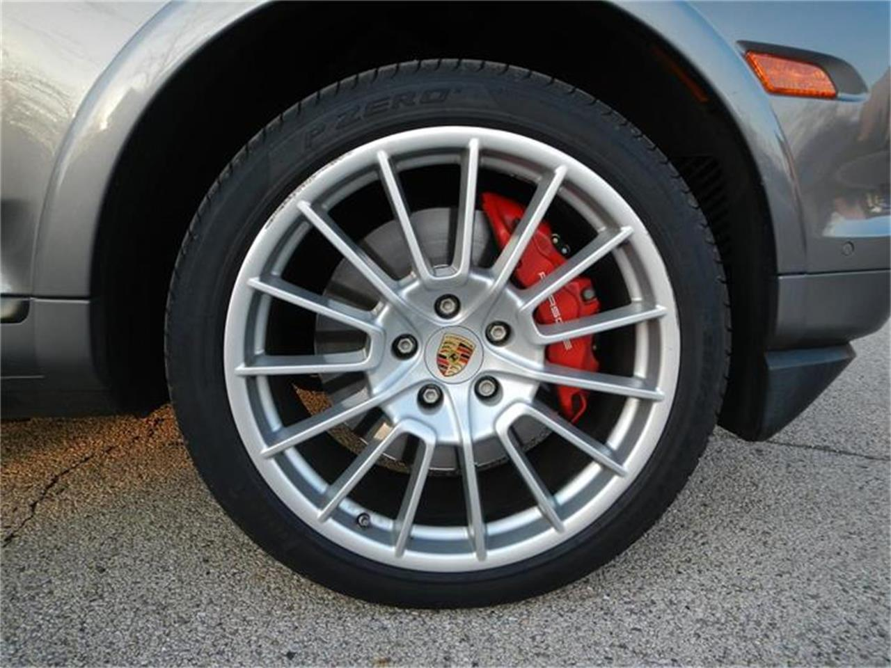 Large Picture of '09 Porsche Cayenne located in St. Charles Illinois - H7S4