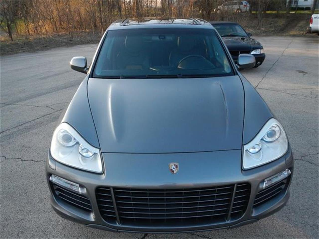 Large Picture of 2009 Porsche Cayenne located in St. Charles Illinois Offered by Nickey - H7S4