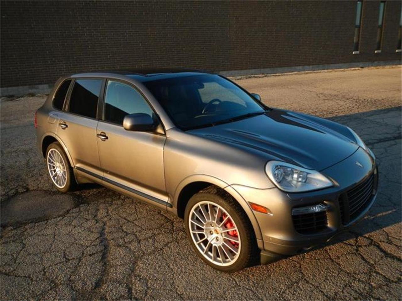 Large Picture of '09 Porsche Cayenne located in Illinois - $53,500.00 - H7S4