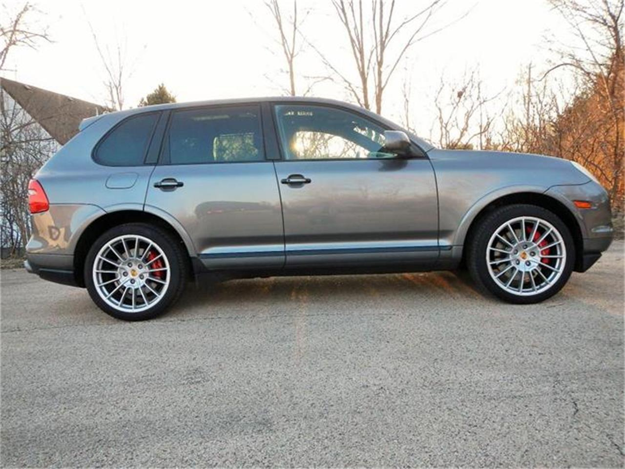 Large Picture of 2009 Cayenne located in Illinois - $53,500.00 Offered by Nickey - H7S4