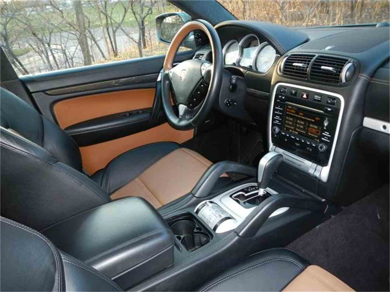 Large Picture of 2009 Porsche Cayenne located in St. Charles Illinois - $53,500.00 - H7S4