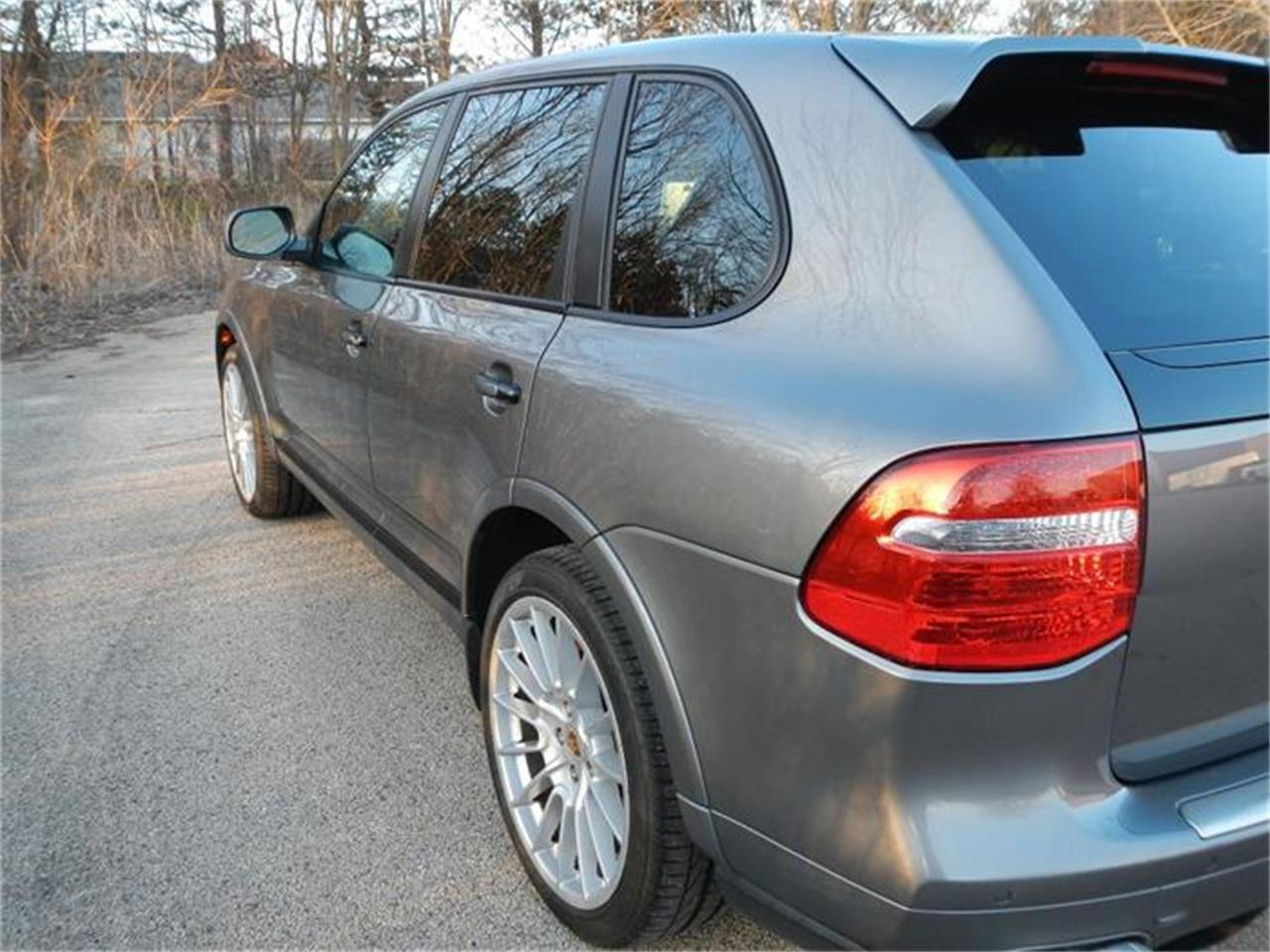 Large Picture of '09 Porsche Cayenne Offered by Nickey - H7S4