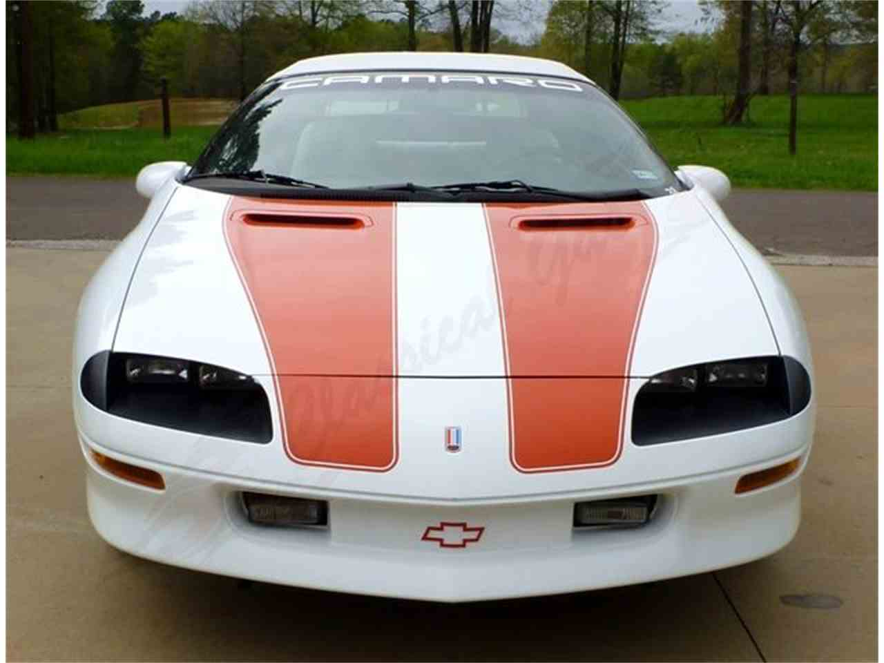 Large Picture of '97 Camaro Z28 - H8ES