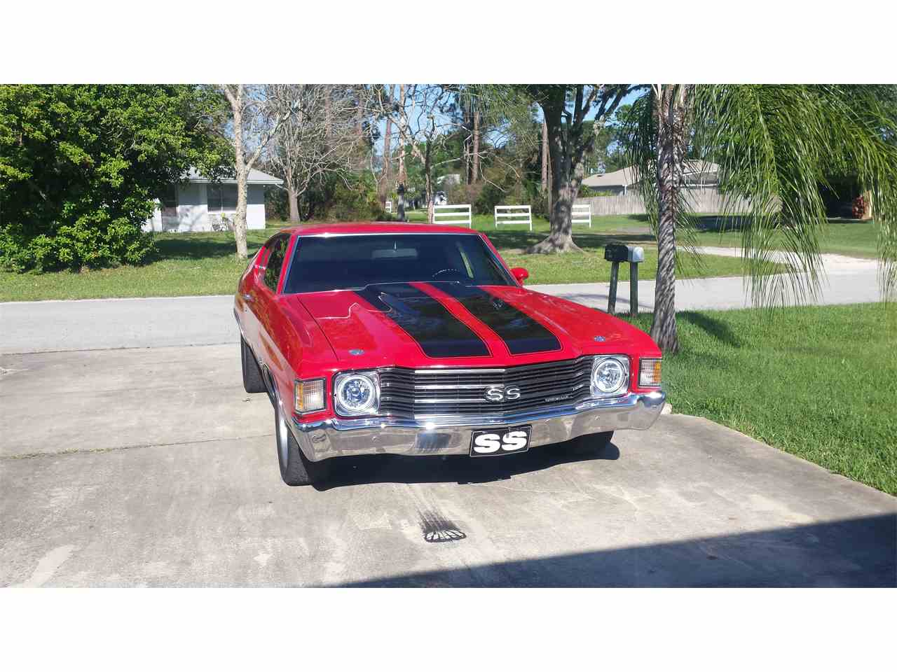 Large Picture of '72 Chevelle SS - H92U