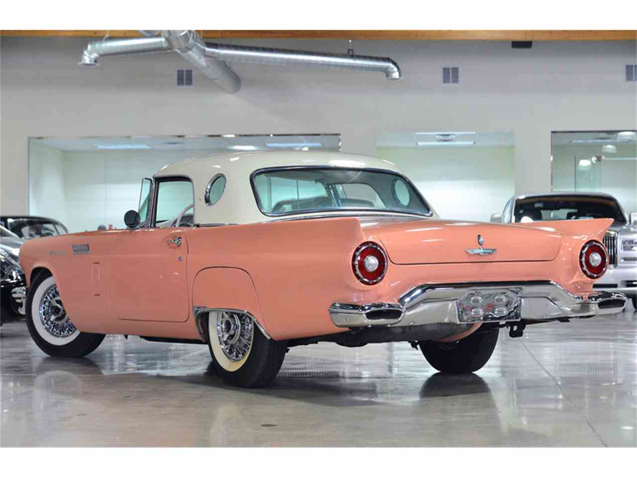Large Picture of Classic 1957 Ford Thunderbird - H9LR