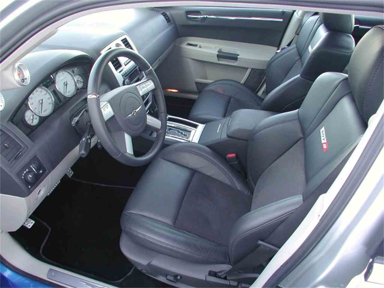 Large Picture of '06 300C - H9N0