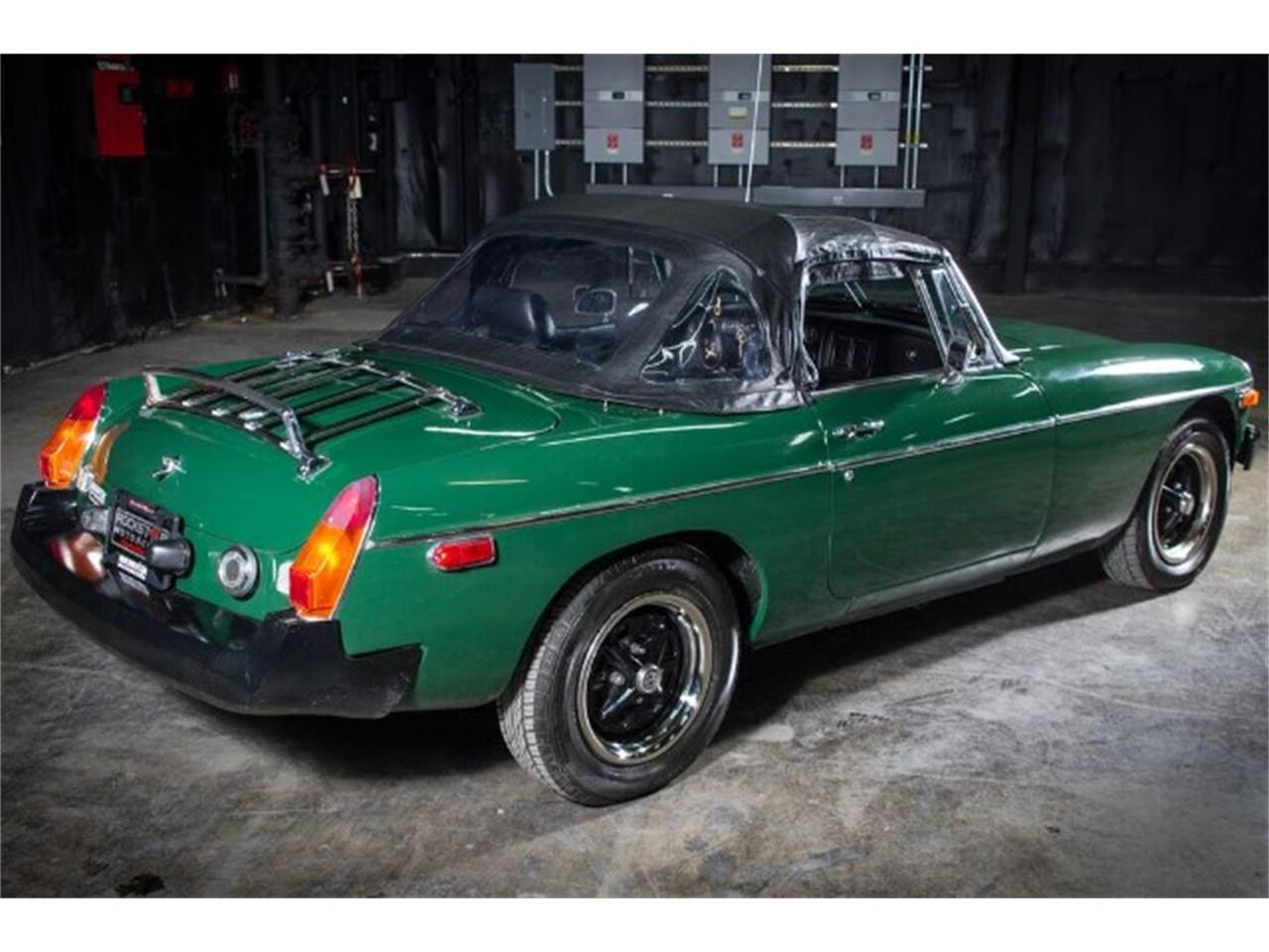 Large Picture of 1977 MG MGB located in Tennessee Offered by Rockstar Motorcars - HAE3