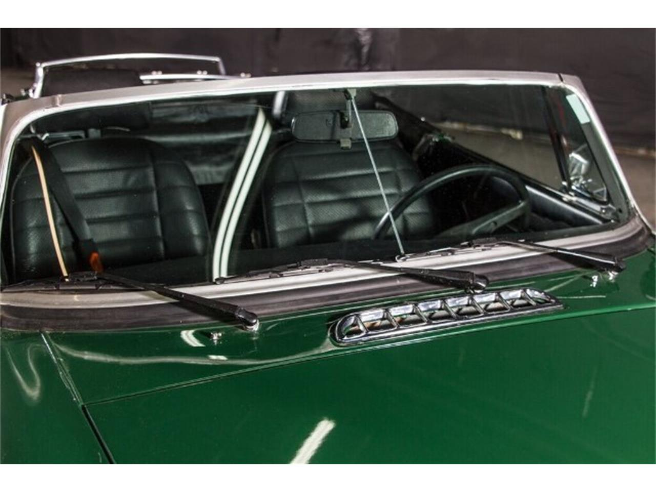 Large Picture of '77 MG MGB located in Nashville Tennessee - HAE3
