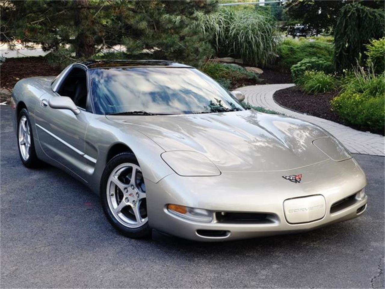 Large Picture of '99 Chevrolet Corvette located in Old Forge Pennsylvania - $17,900.00 - HB0J