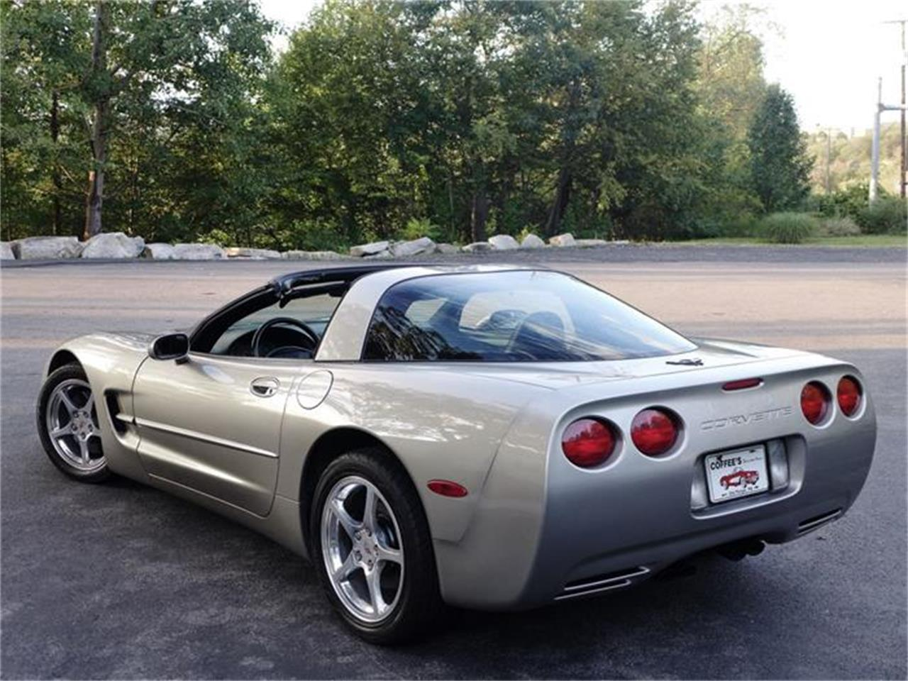 Large Picture of '99 Corvette - $17,900.00 - HB0J