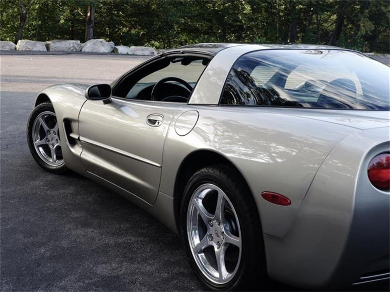 Large Picture of '99 Corvette located in Old Forge Pennsylvania - HB0J