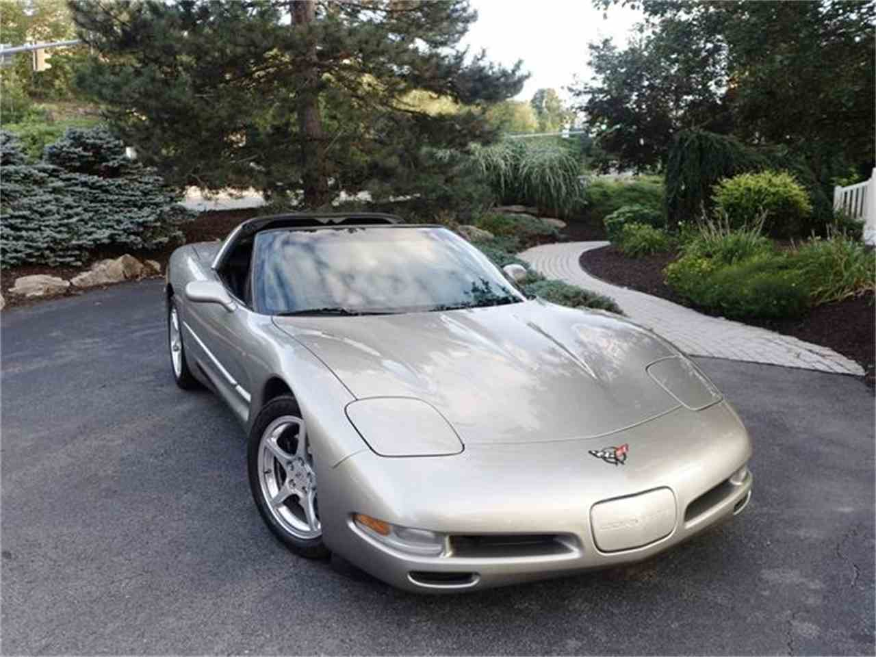 Large Picture of '99 Corvette - HB0J
