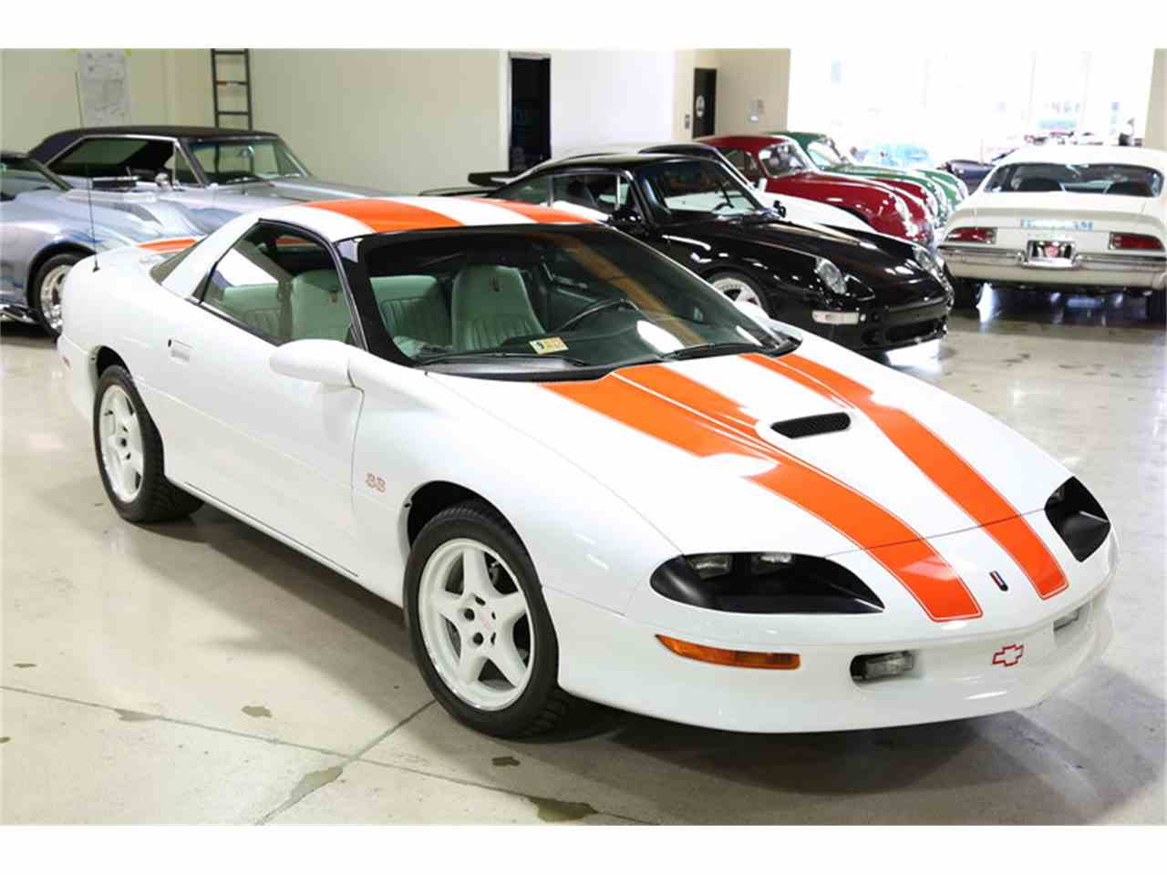 Large Picture of '97 Chevrolet Camaro SS 30th Anniversary - HB38