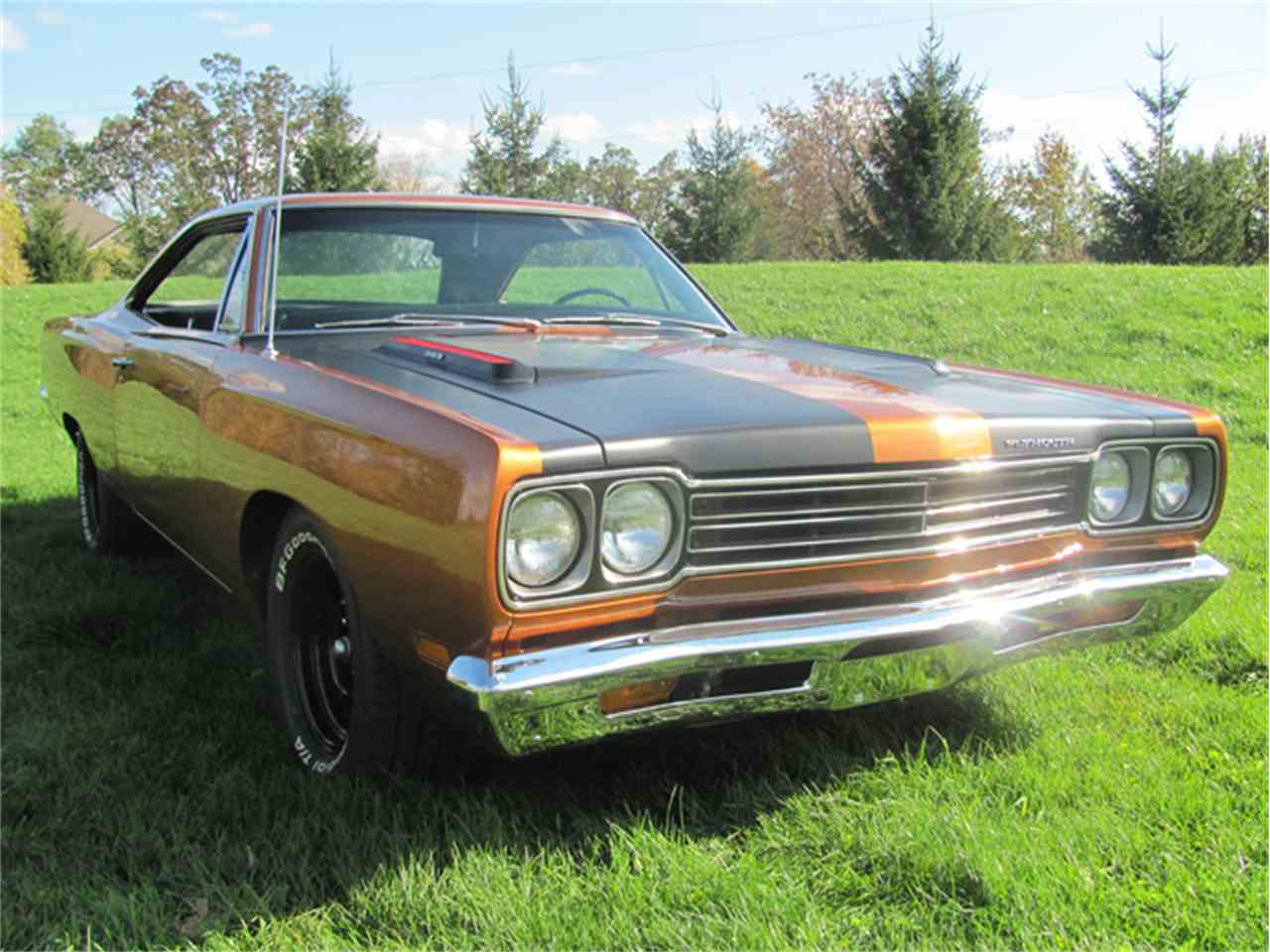 Large Picture of '69 Road Runner - HB4W