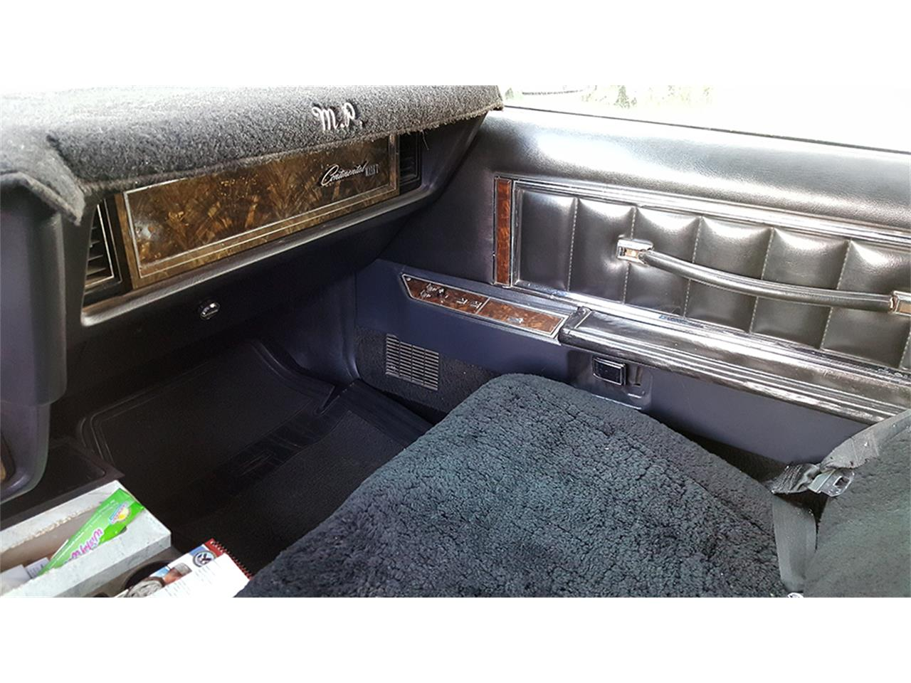 Large Picture of '77 Continental Mark V - HCLT